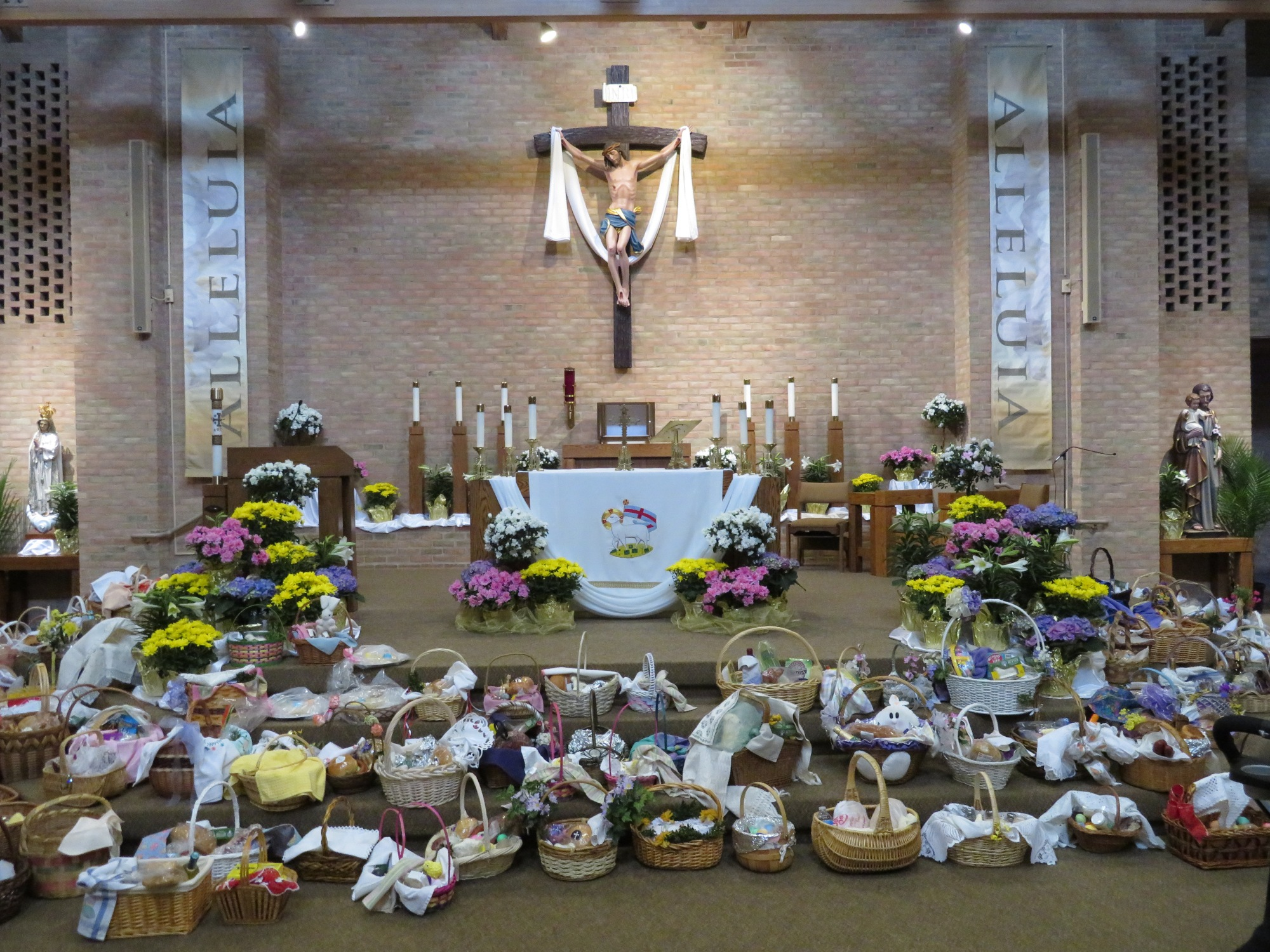 Saint Mary Mokena Easter Basket Blessing